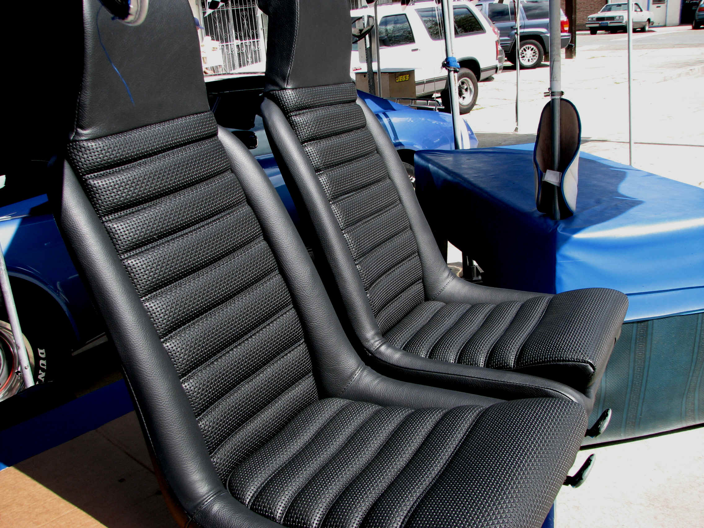 porsche tops and seats recovered by mrstitch. Black Bedroom Furniture Sets. Home Design Ideas